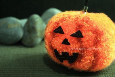 Pom-pom-pumpkin