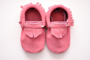 Pinksuedemoccs